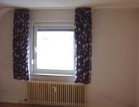 das problem des heizkoerpers vor dem alten fenster wo es dann zum balkon hinaus gehen sollte. Black Bedroom Furniture Sets. Home Design Ideas