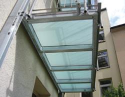 Balkonüberdachung aus glas – Terminali antivento per stufe a ...