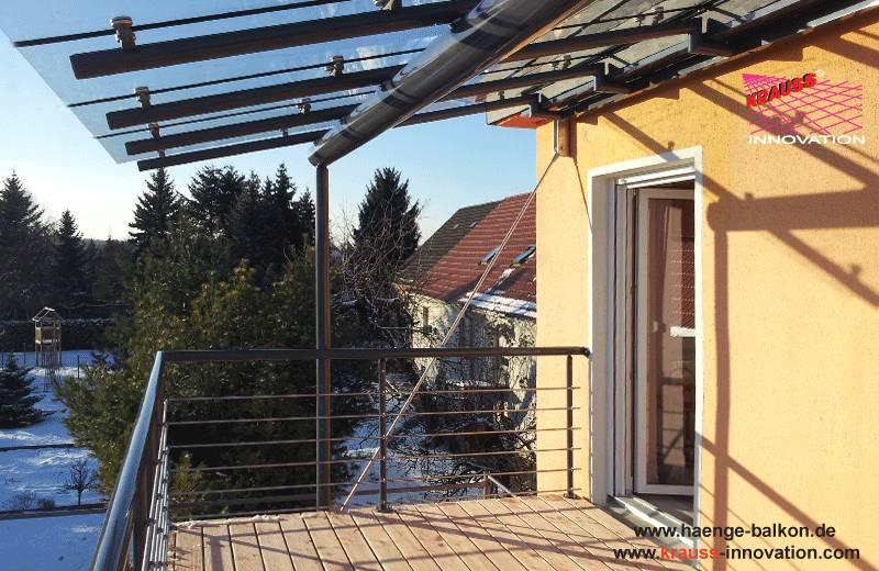 Top Design Haenge-Balkon mit Ueberdachung aus Glas direkt vom UU62